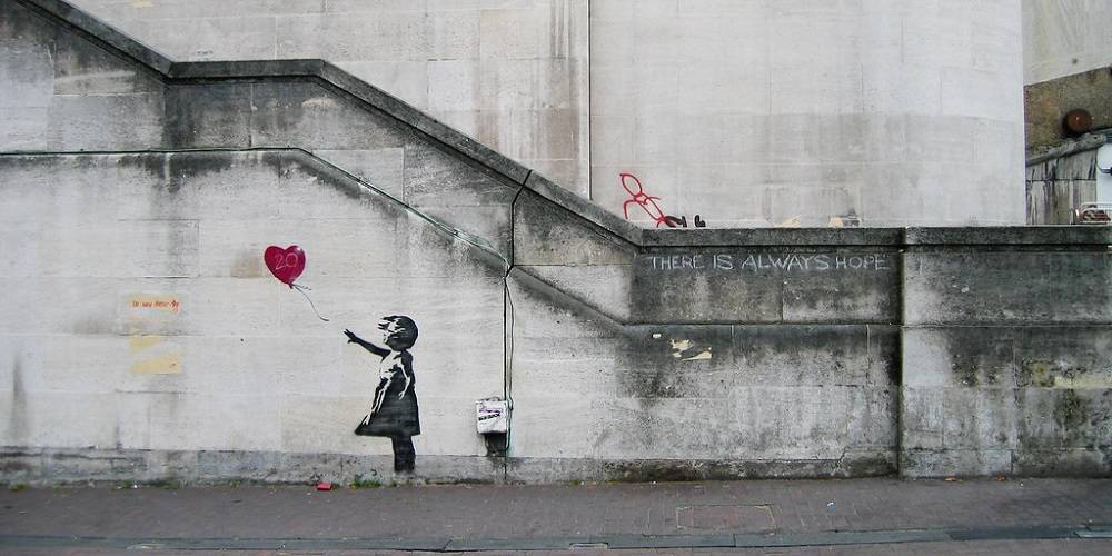 Banksy: Girl with Balloon (Balloon Girl)