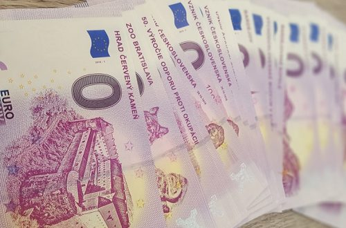Suvenír slovenská nulová eurobankovka: viac-menej jediný kompletný zoznam online